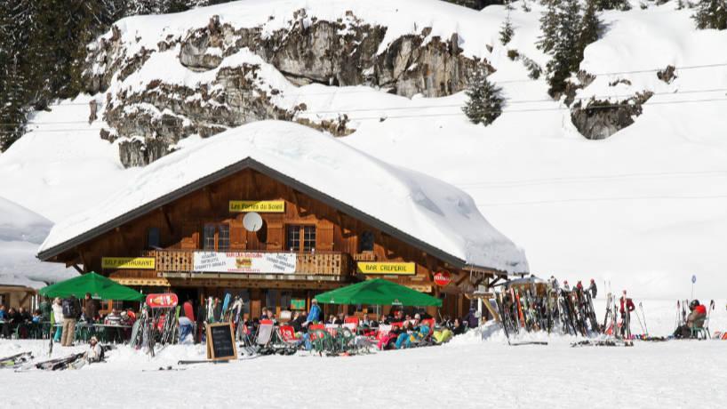 Voyager en bus pour arriver directement en station de ski