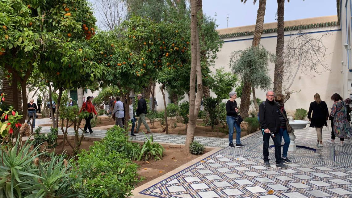 A l'intérieur du palais, vous trouverez des jardins verdoyants
